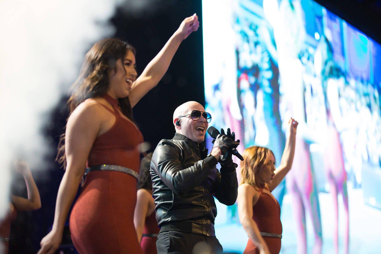 Pitbull | UPW 2018
